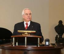 Dr. Gerhard Bonelli