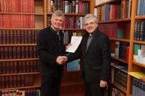 Rektor Prof. Dr. Josef Kreiml (St. Pölten) und Rektor Mag. Dr. Christoph Berger (Wien/Krems)