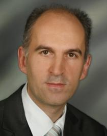 Univ.-Prof. Dr. Josef Pichler